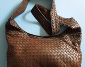 RESERVED Authentic BOTTEGA VENETA Cross Body Bag