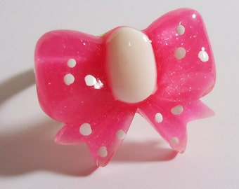Adjustable Sparkling Ribbon Ring.In a Sweet Pink