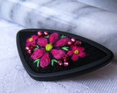 Red Flowers Embroidery brooch