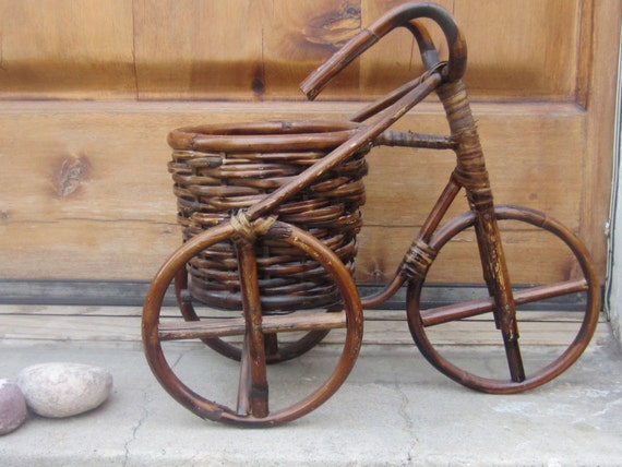 Vintage wicker rattan bicycle plant stand by jewelsrosesnrust - Bicycle planter stand ...
