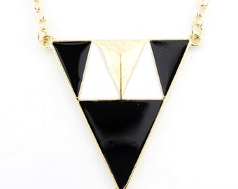 Simple Gold-tone Black/White Hot Pink Triangle/Pyramid Funky Statement Necklace,A10