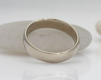 14k palladium white gold band, size 8 wedding band, #414.