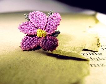 Mauve purple earrings, lace earrings, lavender flower studs, magenta plum purple, pastel, shabby chic, vintage style jewellery, rustic