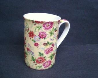 Wonderful COFFEE MUG - Vintage - Chintz Coffee Mug - Flowers - Original