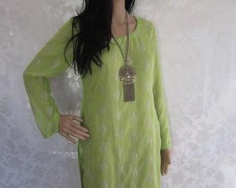 SALE//Vintage Kaftan.Vintage 70's Bohemian Emboridered Top. 1970's Hippie Tunic Dress