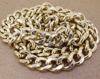 Shiny Cut Twist Light Gold Plated Metalic Aluminium Chunky Curb Chain ----- 15mmx 19mm---thickness about 4mm----38""