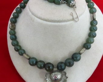 Beautiful Handmade Green Agate Necklace