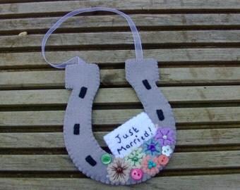 Just Married Lucky Felt Horseshoe Charm / Decoration Wedding Gift