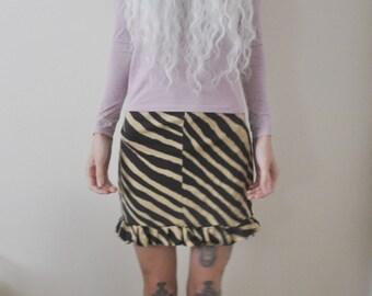 Grunging around Skirt