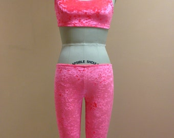 Bright Salmon/Pink Crushed velvet leggings.