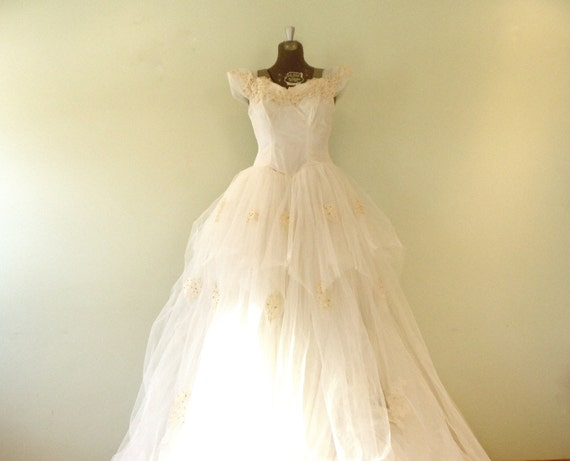 X Small Wedding Dresses : Vintage s wedding dress xsmall small with train