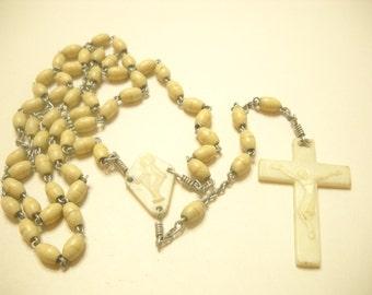 VINTAGE FIVE DECADE Plastic Tan Beaded Rosary--59 Beads (2731)