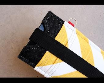 Iphone case sleeve - 100% merino wool felt 3mm & cotton accent
