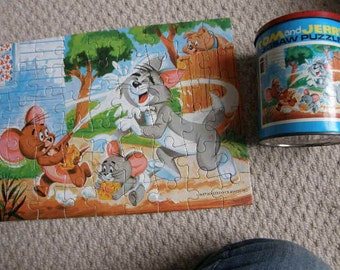 vintage Tom and Jerry jigsaw in a tin 54 piece year 1973 12.3/4 by 9 when made, Free uk postage