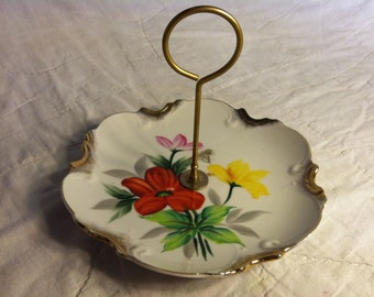Vintage Floral Themed SERVING TRAY with Handle