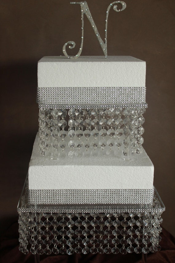crystal cake stands for wedding cakes uk items similar to wedding cake stand 2 tier on etsy 13106