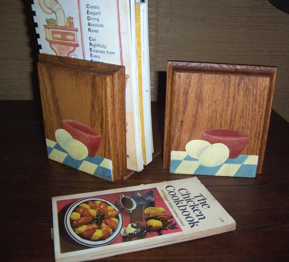 Kitchen Bookends: Oak Bookends Ideal For Kitchen Cookbooks