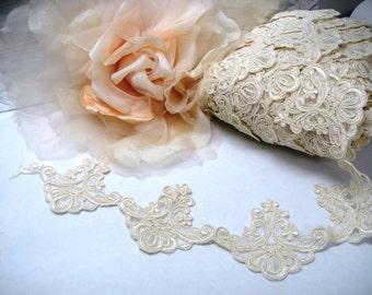 Ivory Alencon Lace Trim, Lace Applique, Ivory Lace, Bridal Lace, Bridal Applique, Floral Applique, Ivory Lace Applique, Ivory Applique