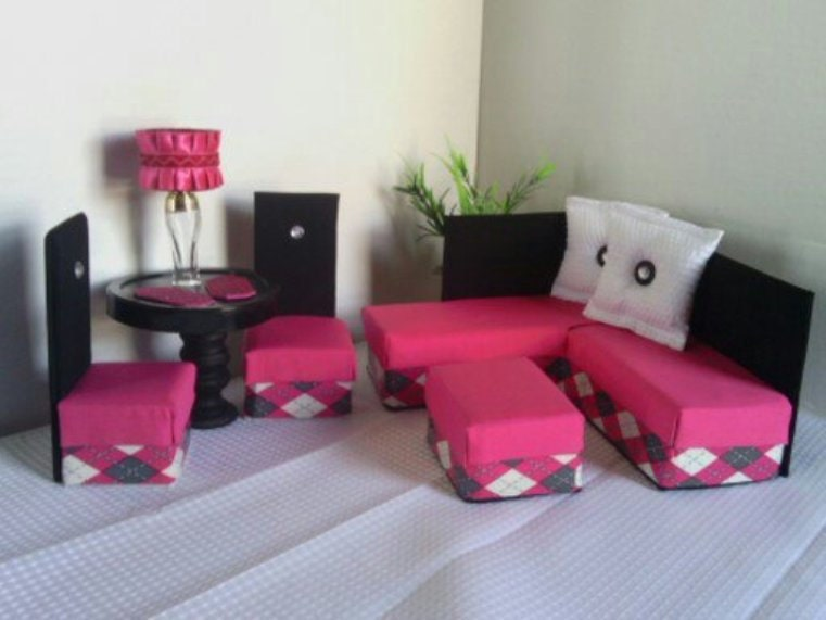 Playscale Furniture For Barbie Monster High Pink Diamond