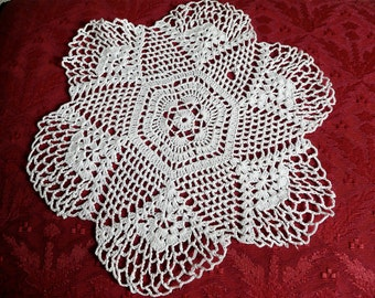 Antique Lace Doily - Antique Table Linens - Round Doily - Crocheted Lace - Vintage Doily - Cotton Lace Doily - Scrapbooking - Hand Made