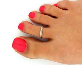 Vintage look sterling silver toe ring floral design toe ring adjustable toe ring Also knuckle ring (T-17)