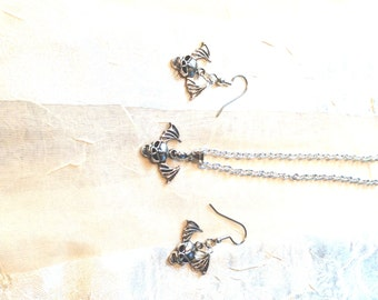 Flying Skulls Necklace & Earrings Set for Halloween and Day of the Dead