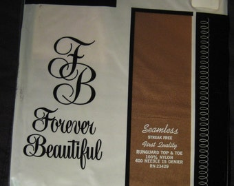 Vintage Forever Beautiful First Quality Seamless Mesh Nylon Stockings 9 1/2 Beige SALE