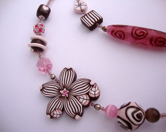 "Long  beaded  necklace ""Pink Cappucino"", MADE TO ORDER"