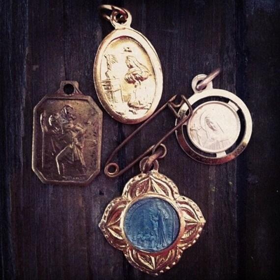4 Vintage Blue enemal maria virgin mary pendants