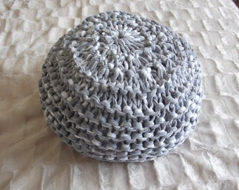 T -Shirt yarn floor cushion / pouf ~ Knitting pattern