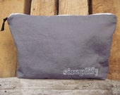 Simplify Grey Zippered Pouch