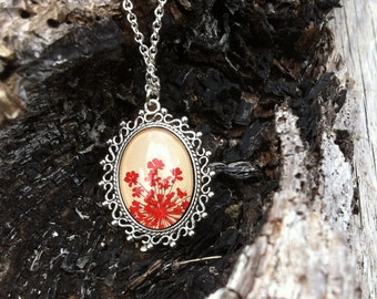 Personalized jewelry - red necklace - pressed flower necklace with real pressed red dyed Queen Annes flowers and glass over beige leather