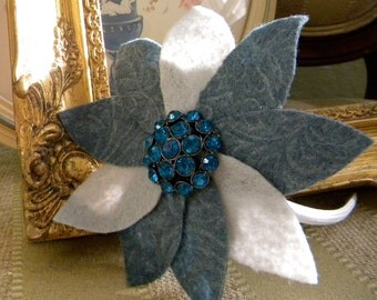 "Vintage Style Felt Fascinator Headband Dark and Light Gray with Peacock Blue Broach - ""Miss Cora"""