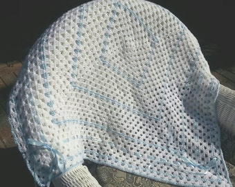 Crochet white and blue baby boy blanket