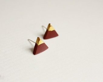 gold dipped triangle studs - oxblood and gold - minimalist geometric earrings / gift for her