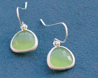 Apple Green Drop Earrings - Bright Peridot Green Drops in Silver - Sterling Silver - Green Drop Earrings - Bridesmaid Earrings, Wedding
