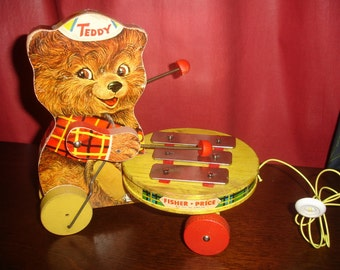 Teddy Zilo Fisher Price Vintage child's musical pull toy with original string 1964