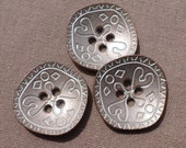 3 Light Colored Metal Sewing Buttons 27mm