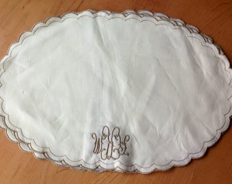 Vintage Madeira Linen Placemats, Made in Portugal, Embroidered and Monogramed,Set of Four, Pure Elegance