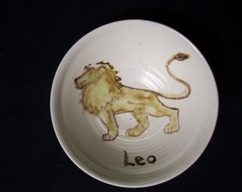 Little Leo bowl