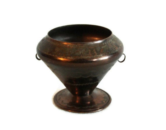 Miniature brazier, etched vintage copper pot, dollhouse, cactus planter, handmade floral etching, candle holder - Table, desk, shelf decor