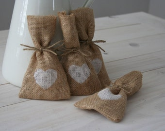 110 Hessian Wedding Favour Bags with a White Heart