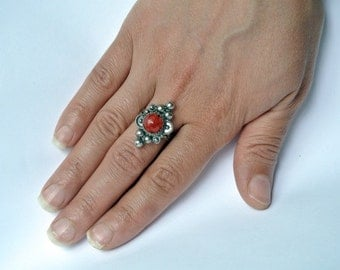Vintage Sterling Silver ring, red coral Berber ring, Tribal Ring,
