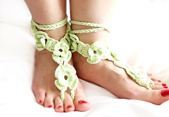 Crochet anklets- Green anklet- Barefoot sandals- Foot jewelry - Yoga Accessories- Stylish Anklet - Barefoot Sandals - Beach Sandals- OOAK