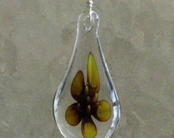 Brown Flower Glass Pendant Necklace