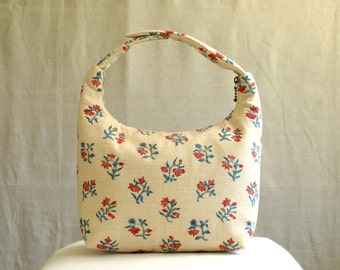 Lunch Bag, Fabric Lunch Tote, Insulated Lunch Bag, Lunch Bag for Women, Work Lunch Bag, Small Red Flower in Beige