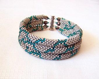 Beadwork - 3 Strand Bead Crochet Rope Bracelet in light grey and emerald  - beaded jewelry - beaded bracelet