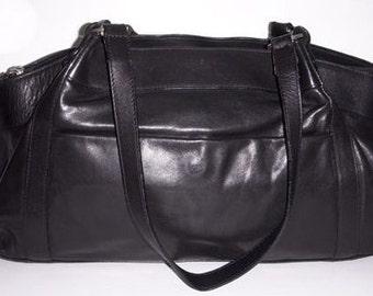 Great big Italian, vintage black leather shoulderbag. mint