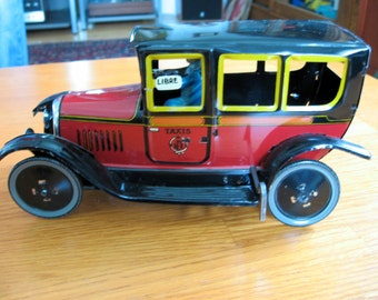 1988 Paya Reissued 1920s-30s Tin Plate Toy Windup Car