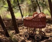 Wicker Doll buggy / doll pram  / Doll Carriage in Natural Brown